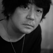 大森南朋_月に吠える-役者_写真家-橘田龍馬